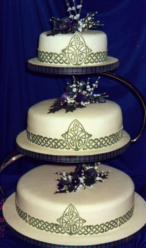 Pin by Olie Montalvo on Wedding Cake Ideas   Scottish