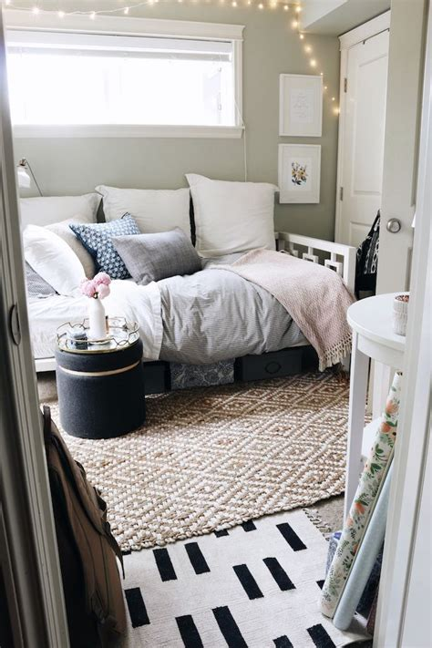 daybed bedroom ideas best 25 daybed room ideas on pinterest daybed ideas