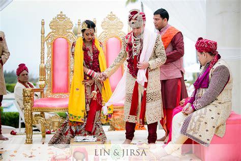 saptapadi seven steps indian wedding ceremony