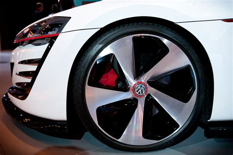 volkswagen gti wheels volkswagen design vision gti concept wheel photo 24