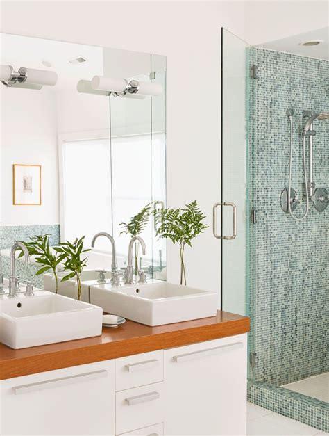 pictures suitable for bathroom walls bathroom accessories college apartment bathroom decorating