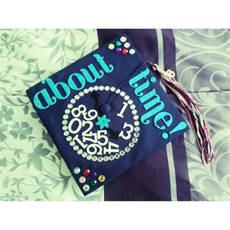 how to decorate graduation cap 50 awesome graduation cap decoration ideas hative