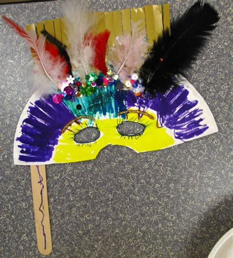 How To Make A Mardi Gras Mask Out Of Paper - mardi gras mask for toddlers ideas para mi guarderia