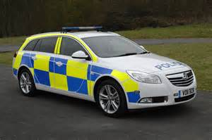 Www Vauxhall Cars Vauxhall Insignia Car Flexes Its Muscles For