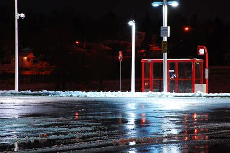 parking lot lighting manufacturers tips for evaluating your parking lot lighting industrial