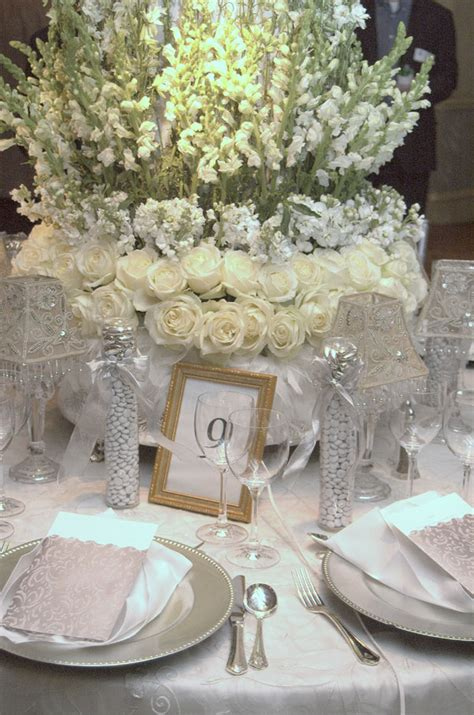 Silver Table Decorations by Anslie S Here Is An Table Setting For A