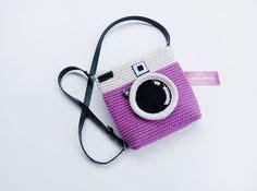 Pom Pom Slingbag 1000 ideas about crochet on crocheting