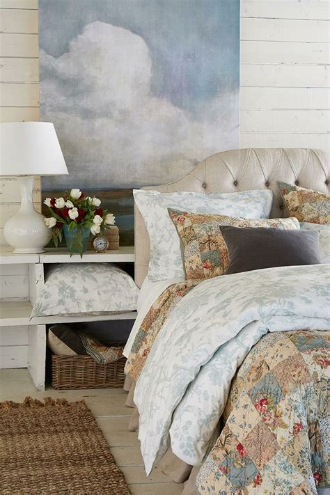 cottage living bedding 60 best images about carriage house on house