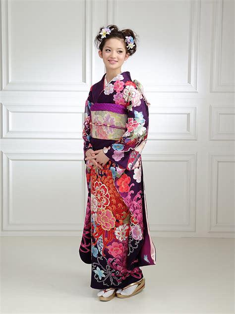 beli baju kimono jepang yuk intip 7 jenis kimono jepang yang menjadi trend dunia