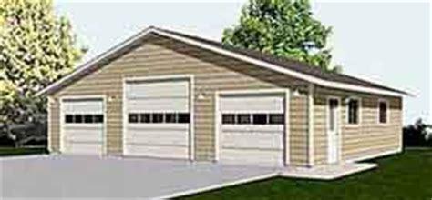 3 bay garage plans garage plans three car garage with high center bay and