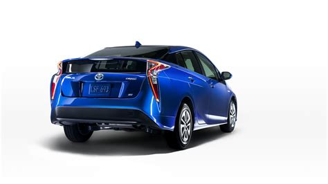 toyota site officiel prius 4 version eco fuite de l image sur le site officiel