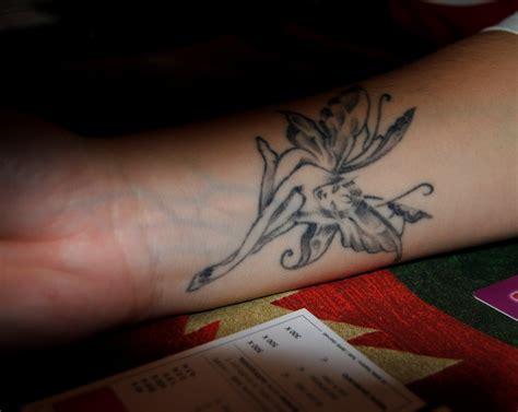 black and grey wrist tattoos 11 tattoos on wrist