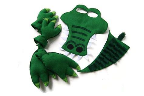 crocodile costume 17 mejores ideas sobre disfraz de cocodrilo en don disfraz disfraz