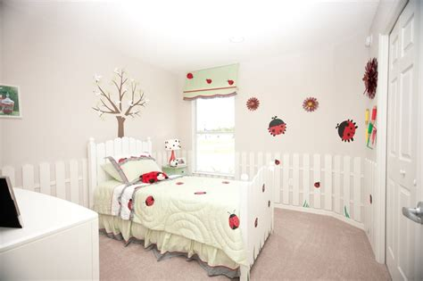 ladybugs in my room 25 b 228 sta ladybug room id 233 erna p 229 handtryckskonst barnkonst och konst fototryck