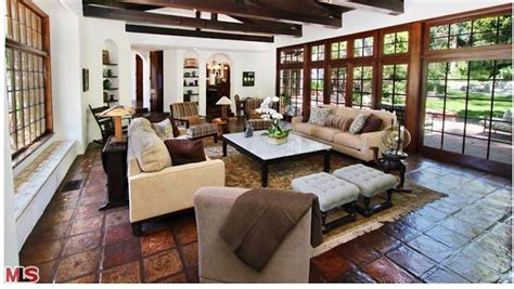 Two Family House For Rent by Ncis Michael Weatherly And Doctor Wife Bojana Jankovic