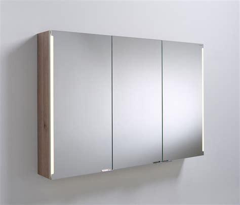wandschrank mit led sys30 spiegelschrank mit vertikaler led beleuchtung