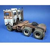 Peterbilt 352 COE UniLite  Car &amp Truck Scale Models