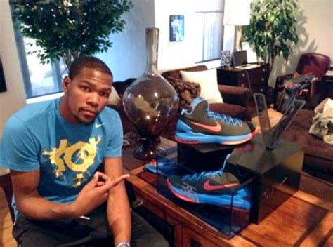 kevin durant house kevin durant kdv giveaway box by alex hart conceptkicks