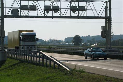 Gebrauchte Motorräder Deutschland Nach österreich by Lkw Maut In Deutschlands Nachbarl 228 Ndern Truckscout24