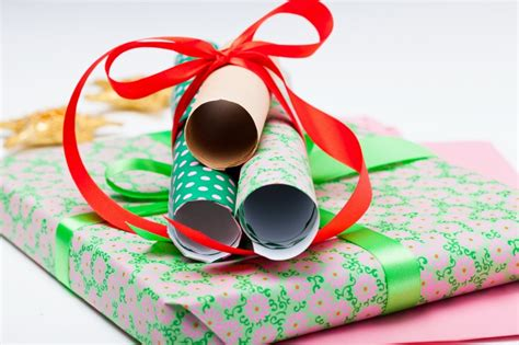 Leftover Gift Card Balance - off the wall 21 clever uses for leftover wallpaper