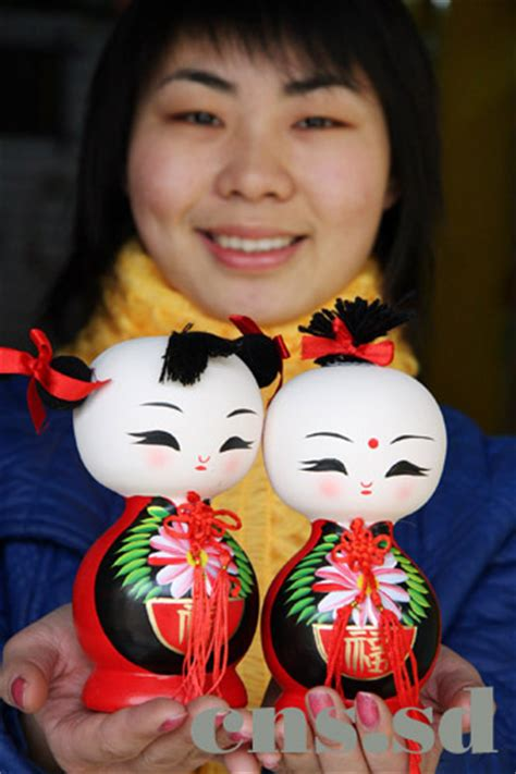 china doll new years china dolls a popular gift for the new year china org cn