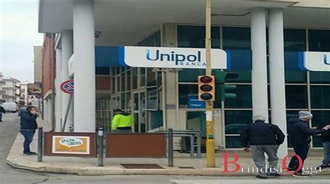 filiali unipol roma assalto alla unipol bancomat sradicato via con