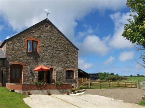 Independent Cottages Cornwall by Cyder Barn Waterside Home In Cornwall Sleeps 5 On A