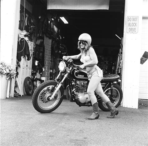 women s motorcycle women s motorcycle exhibition chin on the tank