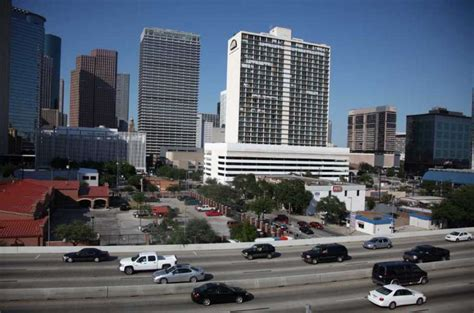 Part Time Mba Of Houston Downtown by Green Space May Make A Part Of Downtown Bloom Houston