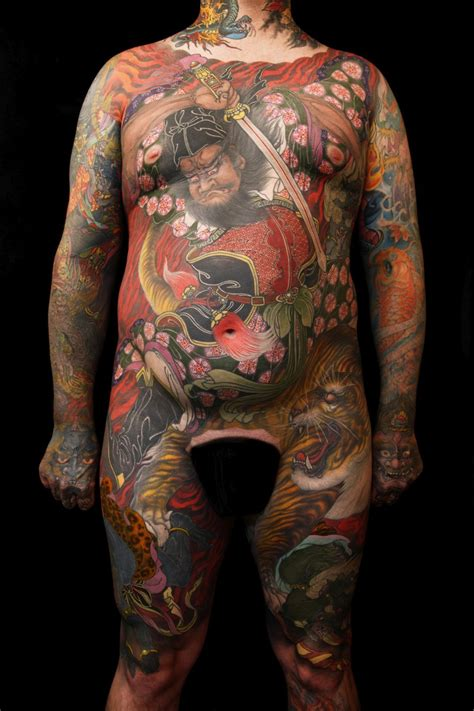 artist tattoo artist shige at the convention 2017