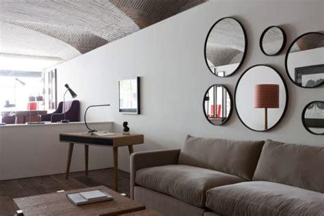 decorar paredes salon con espejos decoraci 243 n de paredes con espejos 35 fotos de ideas