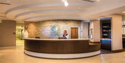 comfort inn and suites miami airport contact the comfort suites miami airport north hotel