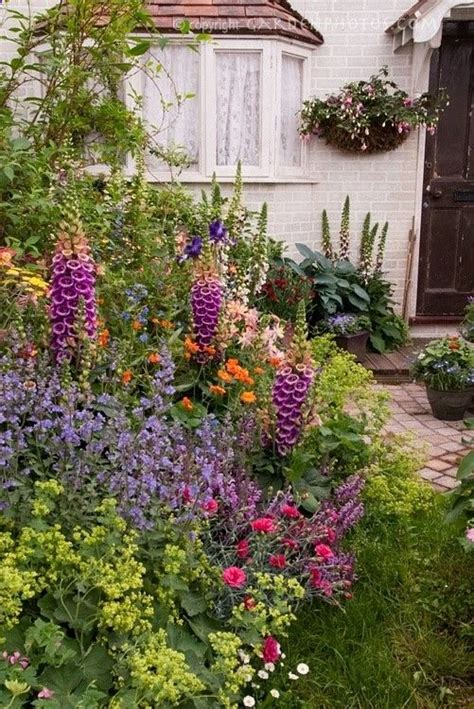cottage garden flowers cottage garden flowers garden lanscaping