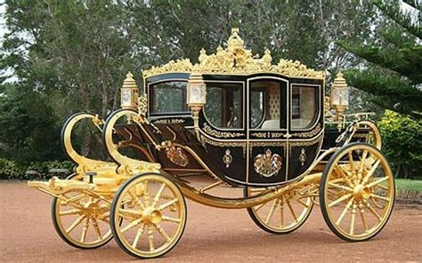 royal couch the royal wedding carriage side by side view amazing cars