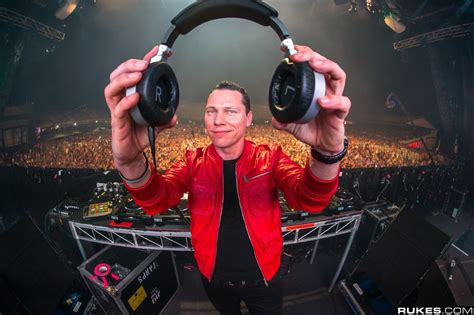 tiesto house music how trance music and house music helped create edm today edm ranks