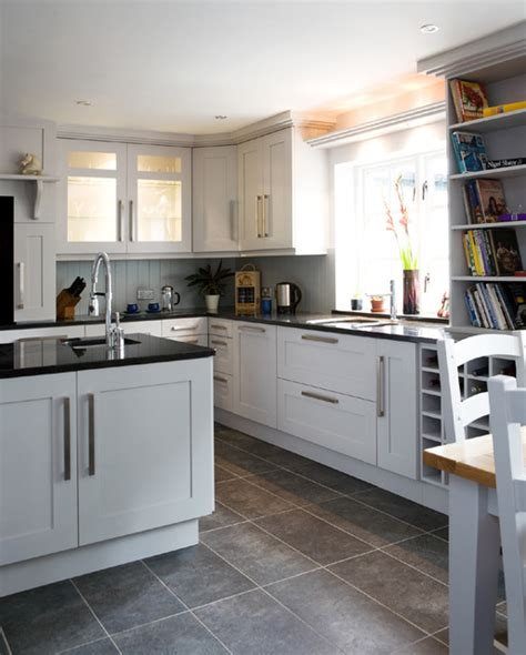 Ideas For Small Kitchens In Apartments Shaker Grey