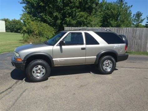 manual cars for sale 2003 chevrolet blazer transmission control sell used 2003 chevrolet blazer 2 door zr2 4x4 suv ls great shape no reserve in south bend
