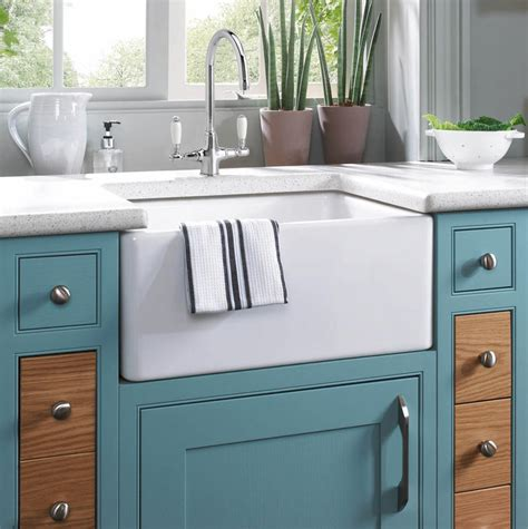 Kitchen With Belfast Sink Astini Belfast 100 1 0 Bowl Traditional White Ceramic Kitchen Sink W