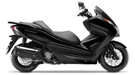 Motorrad Versicherung F Hrerschein Datum by Technische Daten Forza 300 Motorroller Modellpalette