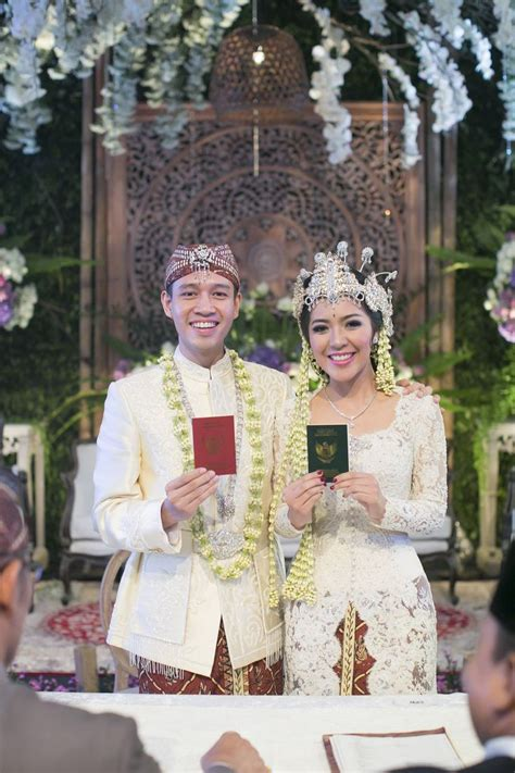 dress putih nikah 17 best images about sundanese wedding on pinterest