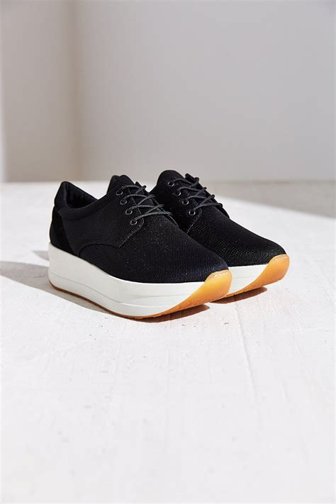 vagabond sneakers lyst vagabond casey platform sneaker in black