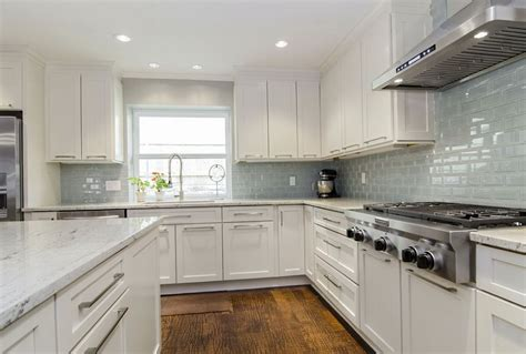 backsplashes with white cabinets kitchen backsplash ideas for white cabinets black