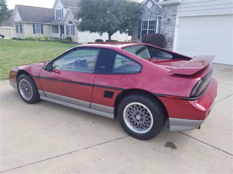 1987 one owner pontiac fiero gt with 21k miles 5sp manual 100 complete for sale pontiac