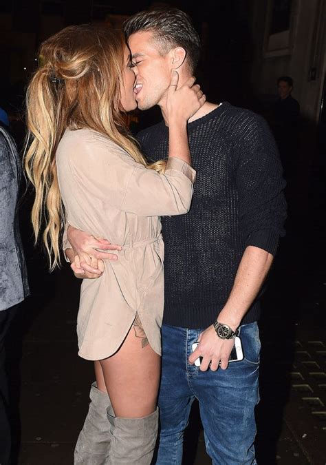 is this what charlotte crosby did to gary beadle s hair charlotte crosby and gaz beadle cosy up for a cute selfie