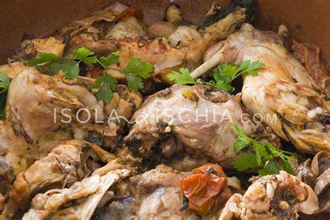 come cucinare il coniglio all ischitana il coniglio all ischitana isoladischia