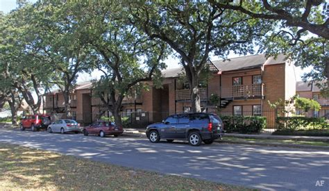 Apartments 800 In Tx 800 Heights Apartments Houston Tx Apartment Finder