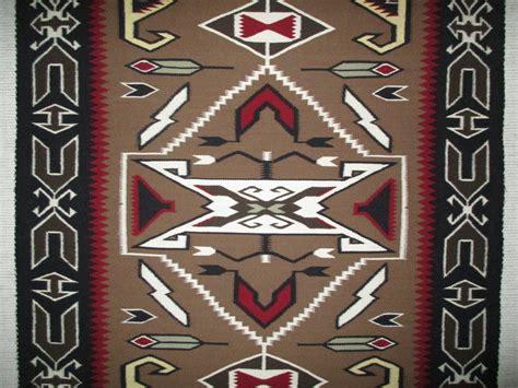 teec nos pos rugs navajo weaving teec nos pos rug by navajo weaver shirley photo 2