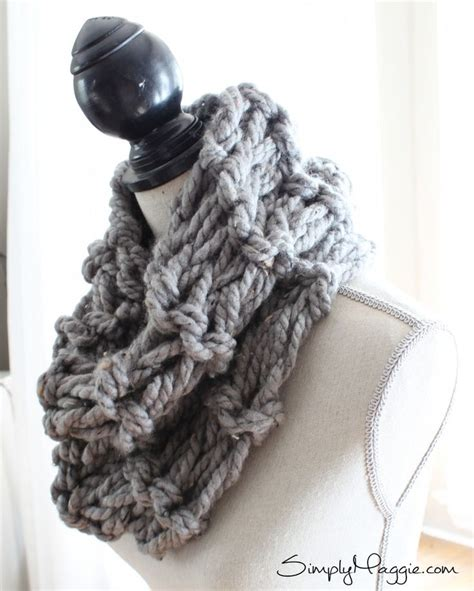 arm knitting scarf step by step how to arm knit a garter stitch scarf in 20 minutes