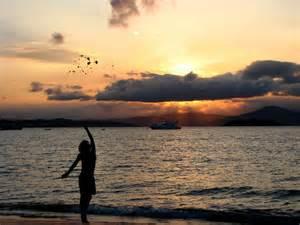 chica en la playa 1024x768 arte imgenes para fondos de pantalla c 243 mo hacer fotograf 237 as profesionales en la playa uncomo