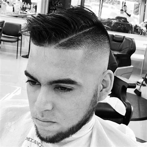 how to give myself the best hairstyle with a widows peak for men how to give yourself a taper fade haircut find hairstyle